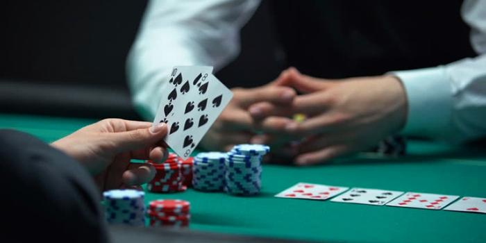 Bermain Poker Online untuk Pertama Kalinya